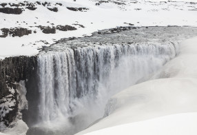 Dettifoss Winter